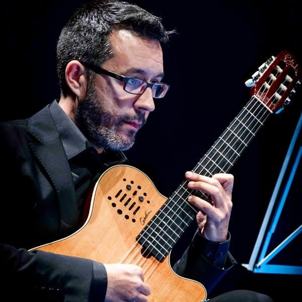 Carlos M. León